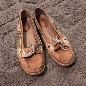 Sperry top spiders